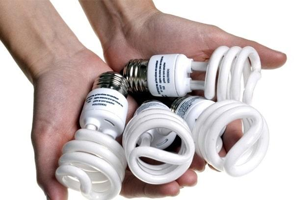 Что делать если разбилась люминесцентная лампа