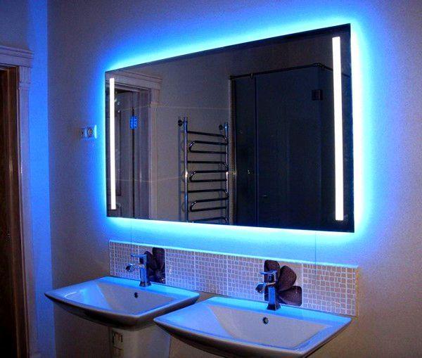 Синяя подсветка для зеркала