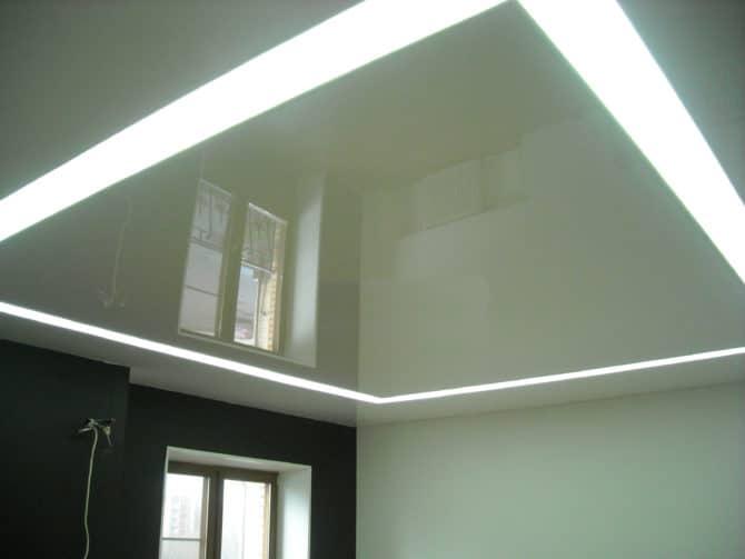 Встраиваемый линейный светильник для натяжных потолков