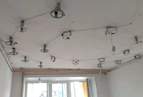 Платформы, натяжка потолка