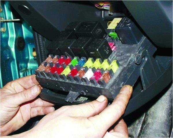 Монтажная коробка ВАЗ 2110