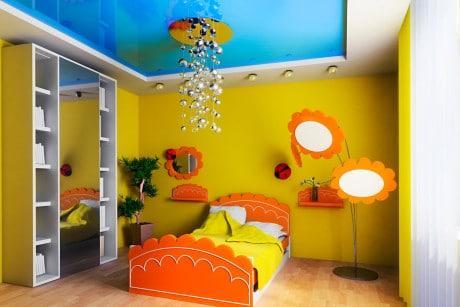 потолочный светильник и торшер для девочки
