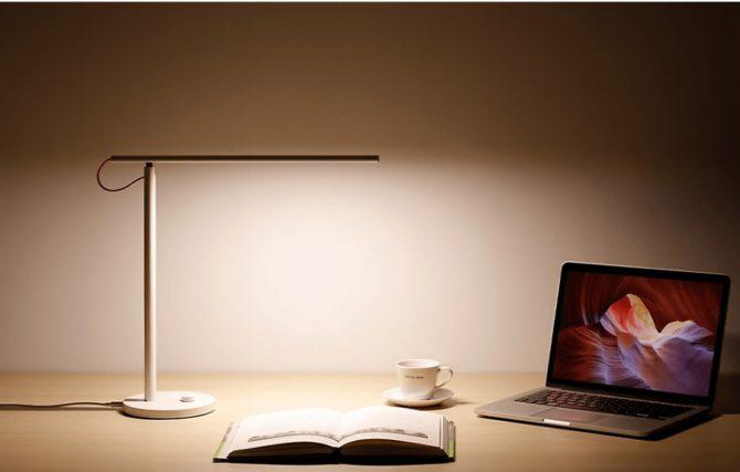 Модель «Xiaomi Mi LED Desk Lamp EU MJTD01YL»