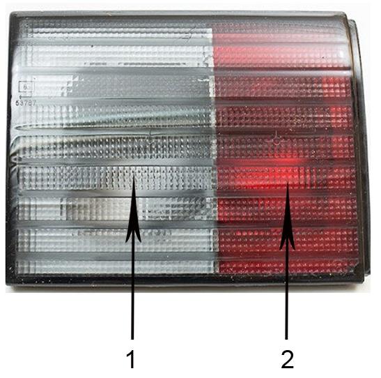 левый задний световой прибор ВАЗ 2112