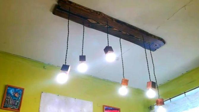 самодельный светильник из дерева