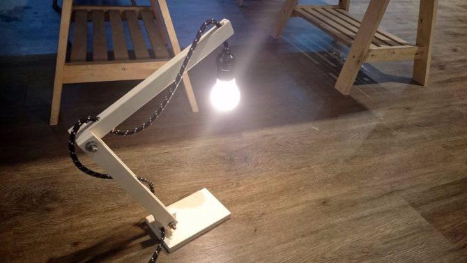 Как сделать настольный светильник из дерева