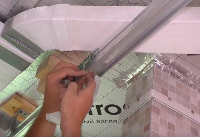 Как делают парящие линии на натяжном потолке