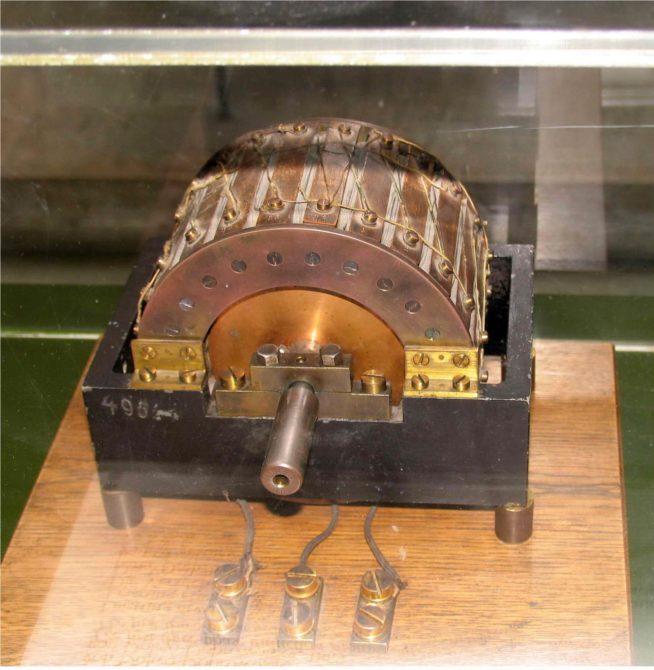 двигатель Доливо-Добровольского